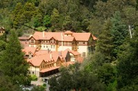 Jenolan Caves House - Romance and Adventure in Sydney